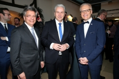 LAUPHEIM, GERMANY - MARCH 15: Alexander Thies, chairman of Produzentenallianz, Klaus Wowereit and Mayor of Laupheim, Gerold Rechle during the 3rd Carl Laemmle Producer Award ( Produzentenpreis ) at Kulturhaus Laupheim on March 15, 2019 in Laupheim, Germany. (Photo by Gisela Schober/Getty Images for Carl Laemmle Producer Award)